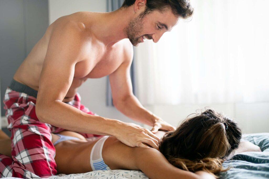 comment faire le massage tantrique