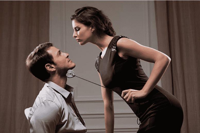 Homme soumis à une femme